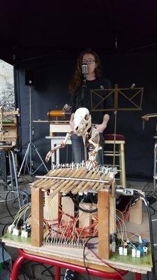 Susie & The piggy bones band