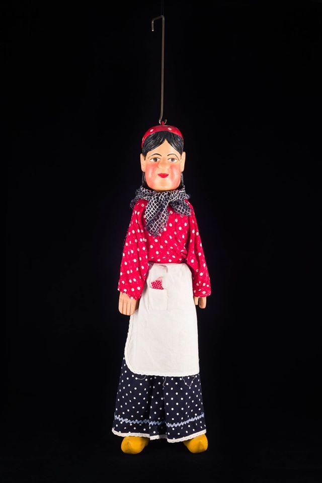 Nanesse marionnette à tringle de Liège - 20ème siècle ©MaisondelaMarionnette
