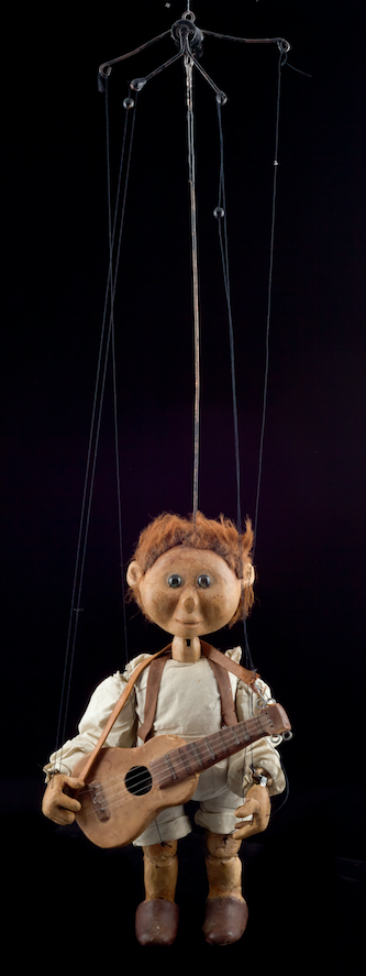 Roussot - Marionnette à tringle et fils du Créa-Théâtre, spectacle Un gros livre avec une grosse poignée - 1981©MaisondelaMarionnette