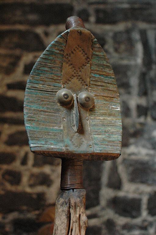reliquaire funéraire ethnie Mahongwé
